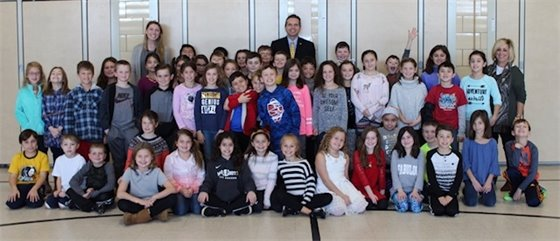 Mayor Scharfenberger Visits with Nut Swamp Third Graders
